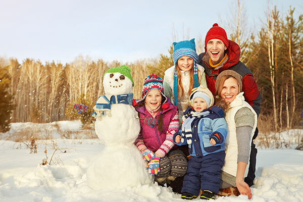 family and the snowman